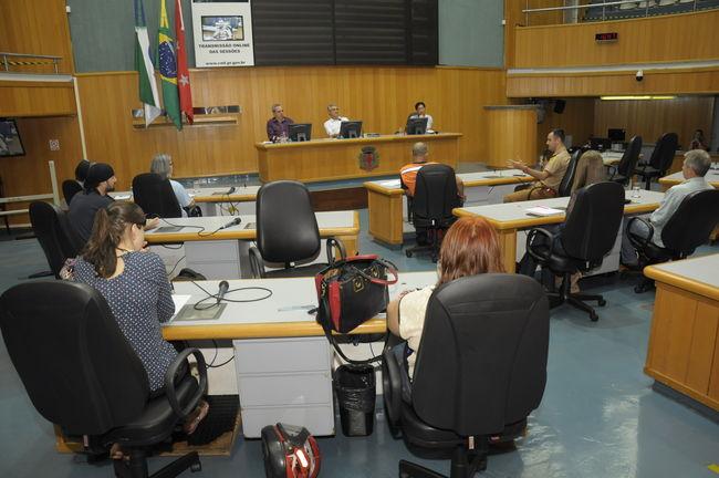 Câmara discute prevenção de acidentes e planos de evacuação
